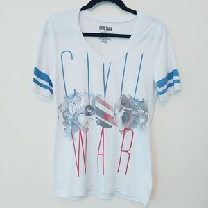 Marvel Captain America Civil War T-shirt. Size XL